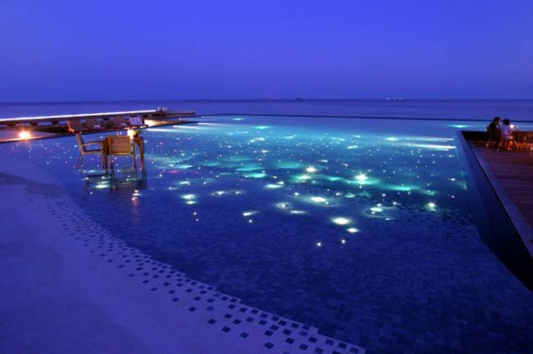 Amazing And Rare Swimming Pools In The World Roixcroix